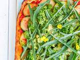 Pizza roquette, brocolis et courgettes