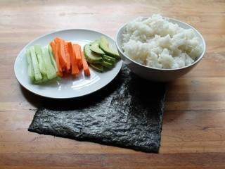 Sushis + comment les rouler / Sushi rolls recipe + how to successfully roll them